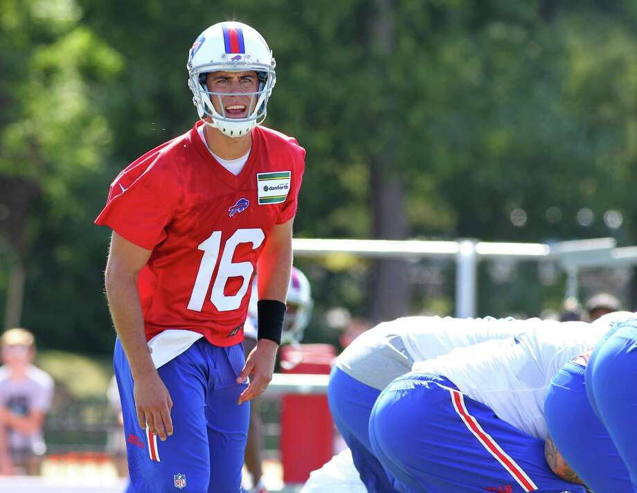 FILE - In this Aug. 1, 2015, file photo, Buffalo Bills quarterback Matt Cassel (16) takes part in drills during their NFL football training camp in Pittsford, N.Y. Some 11 months since breaking his right foot, quarterback Matt Cassel is preparing for an opportunity to return to the playing field, and show he's capable of claiming the Bills starting job. (AP Photo/Bill Wippert, File) ORG XMIT: NY157 Photo: Bill Wippert / FR170745 AP
