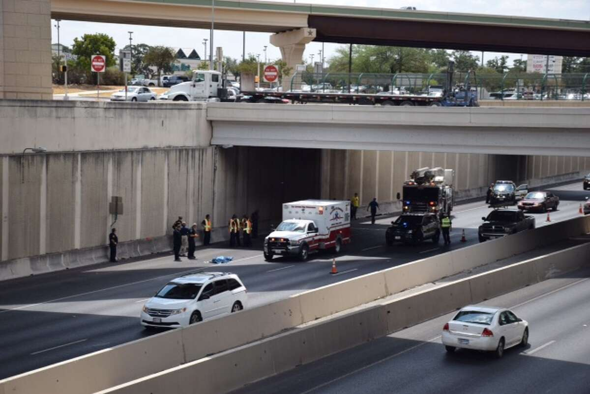 A man jumped to his death Wednesday afternoon from the westbound flyover bridge of 1604 to southbound U.S. 281.