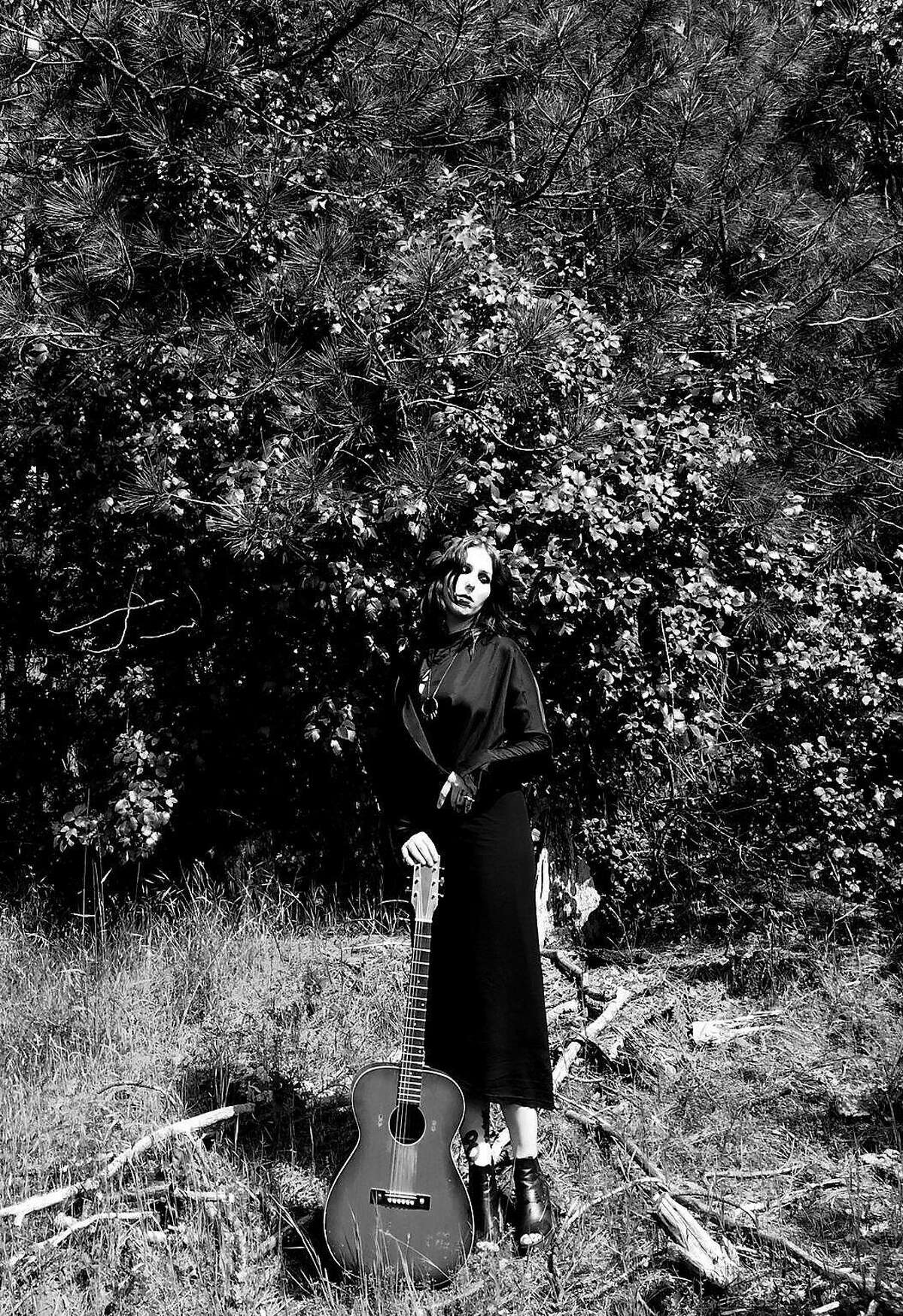 Singer Chelsea Wolfe finding a better place
