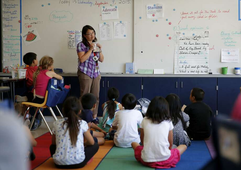 Michelle Mak teaches a 4th grade class at the Chinese Immersion School at De Avila in San Francisco, California, on Wednesday, Sept. 9, 2015. Photo: Connor Radnovich, The Chronicle