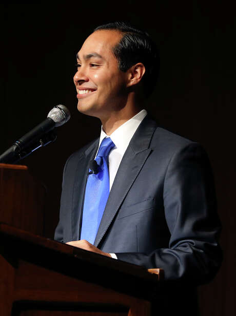 HUD Secretary Julian Castro speaks at the LBJ School of Public Affairs at the University of Texas commemorating the 50th anniversary of his organization on September 9, 2015. Photo: Tom Reel / San Antonio Express-News