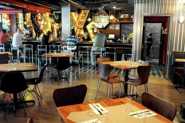 Bar and dining room on Friday, Sept. 4, 2015, at Ama Cocina in Albany, N.Y. (Cindy Schultz / Times Union) Photo: Cindy Schultz / 00033218A