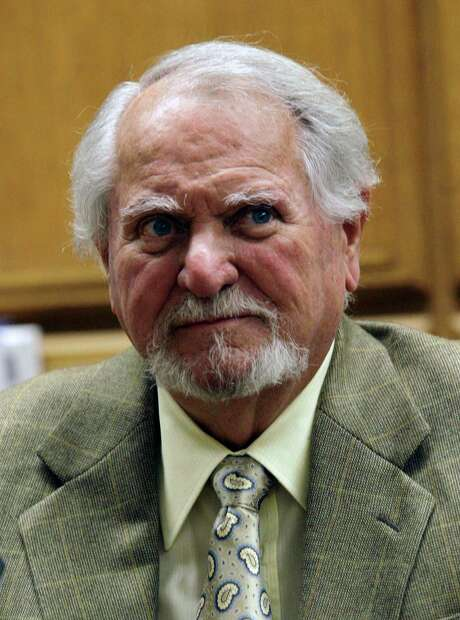 "FILE - In this Feb. 13, 2007 file photo, best-selling author Clive Cussler waits to testify in court in a lawsuit over the film, ""Sahara,"" in Los Angeles.  (AP Photo/Nick Ut, file) Photo: Nick Ut, STF / AP"