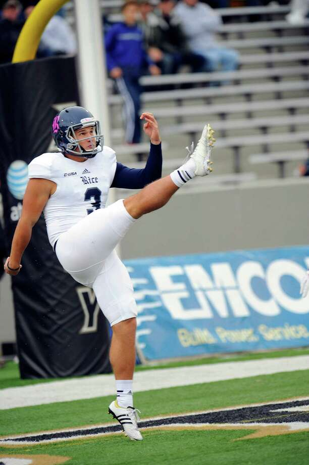 Rice kicker James Farrimond (3) watches his punt from the end zone while playing Army during the first half of an NCAA college football game on Saturday, Oct. 11, 2014, in West Point, N.Y. (AP Photo/Hans Pennink) Photo: HANS PENNINK, FRE / FR58980 AP