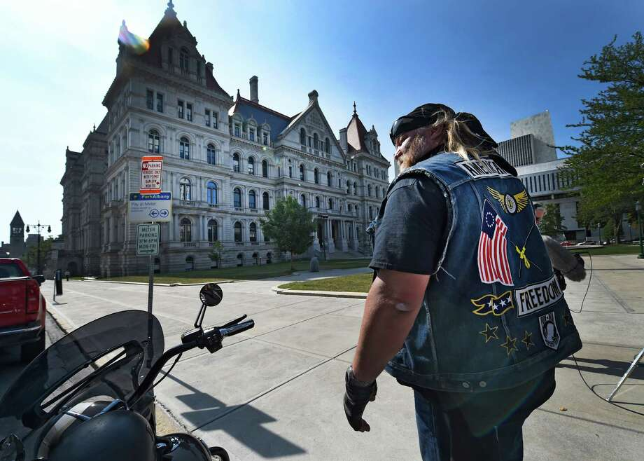 Television personality Stan Ellsworth in town Wednesday Sept. 9, 2015, makes an appearance in Albany, N.Y. for his show American Ride.  (Skip Dickstein/Times Union) Photo: SKIP DICKSTEIN / 00033284A