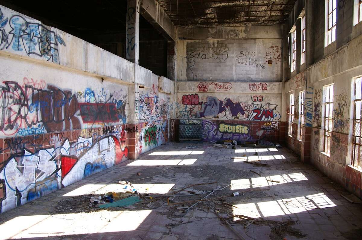 Flickr user Nitram 242 captured these photos of the abandoned Harlingen Cold Storage Plant, located in the Rio Grande Valley. Since it was abandoned, the plant has been a jungle gym for pesky teenagers, a canvas for graffiti fans and an eyesore for locals.