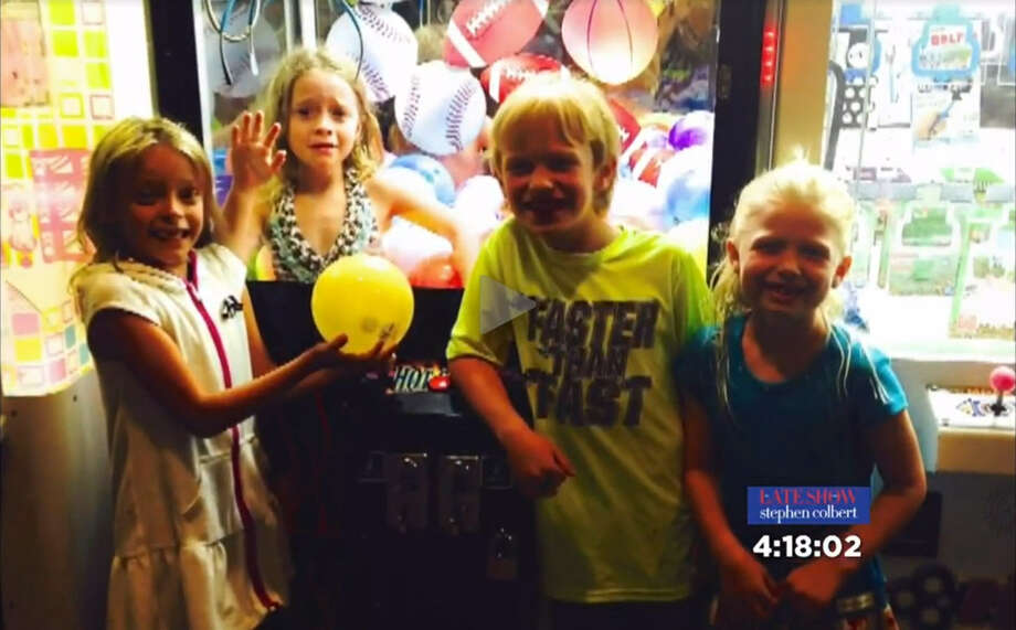 When a six-year-old girl crawled into an arcade game at a North Texas pizzaria, firefighters were called to rescue her.Image:screenshot from KTVT