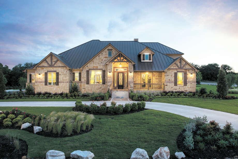 Ashton Woods Model Home In Copper Ridge At 5693 Creek New Braunfels