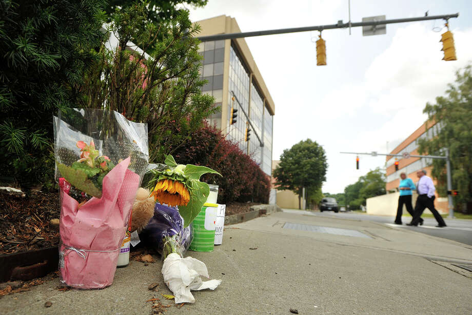 The intersection where a woman was killed in July 2014 while crossing the street at Hoyt and Summer streets. Photo: Jason Rearick / Hearst Connecticut Media / Stamford Advocate