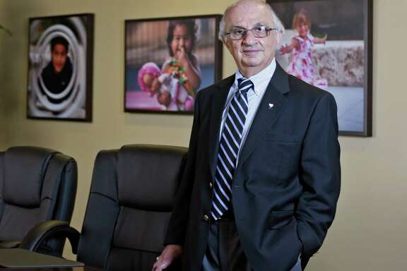 Sirius founder Harvey Najim will retire as its executive chairman effective Nov. 13, the 35th anniversary of the company's beginning, and concentrate on his foundation.