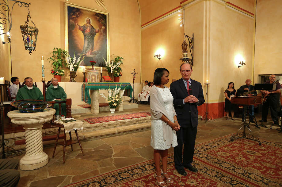 San Antonio Mayor Ivy Taylor and Bexar County Judge Nelson Wolff address the congregation at the start of a Mass at Mission Concepcion honoring the delegation involved with the World Heritage designation on July 12. , Sunday, July 12, 2015. A reinvigorated Alamo can serve as a launching pad for more visitiation at the other San Antonio missions. Photo: JERRY LARA /San Antonio Express-News / © 2015 San Antonio Express-News