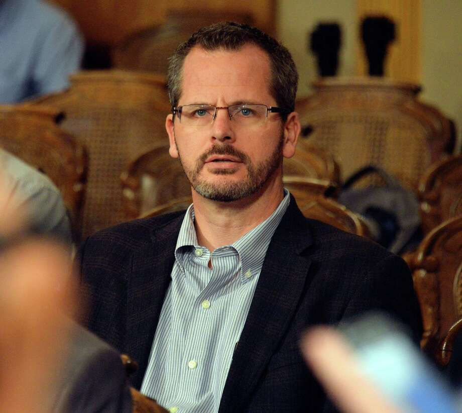 State Rep. Todd Courser, R-Lapeer, listens during a legislative hearing Tuesday, Sept 8, 2015, in Lansing, Mich.  The top lawyer for the Michigan House recommended Tuesday, Courser be expelled and Rep. Cindy Gamrat, R-Plainwell, censured for misconduct stemming from an attempt to hide their extramarital affair.   (Dale G. Young/Detroit News via AP)  DETROIT FREE PRESS OUT; HUFFINGTON POST OUT; MANDATORY CREDIT Photo: Dale G. Young, MBO / The Detroit News