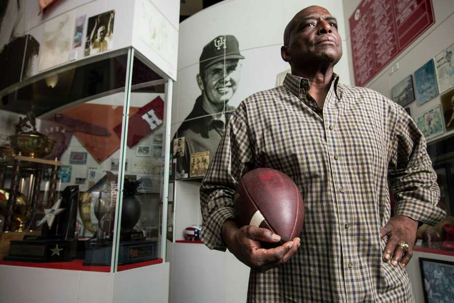 Warren McVea, striking a pose Wednesday at the UH Hall of Fame, picked the Cougars over 74 other teams that offered him a scholarship in 1964 and went on to become a two-time All-America running back. Photo: Brett Coomer, Staff / © 2015 Houston Chronicle