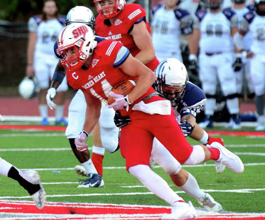 Sacred Heart University football action against Saint Anselm at Campus Field in Fairfield, Conn., on Saturday Sept. 5, 2015. Photo: Christian Abraham / Hearst Connecticut Media / Connecticut Post