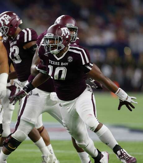 Texas A&M defensive end Daeshon Hall started the 2015 season with a bang, recording a career-high four sacks in the Aggies' 38-17 win over Arizona State. Photo: Karen Warren, Staff / © 2015 Houston Chronicle