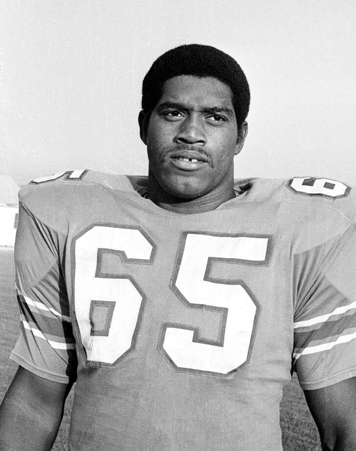 Elvin BetheaPosition:Defensive endTime with the Oilers: 1968-1983Year of HOF induction: 2003His career high of 16 sacks in the 1973 season is still a franchise record with the Tennessee Titans. Photo: TED POWERS, STR / AP