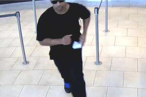 Serial robber strikes again in Houston - Photo