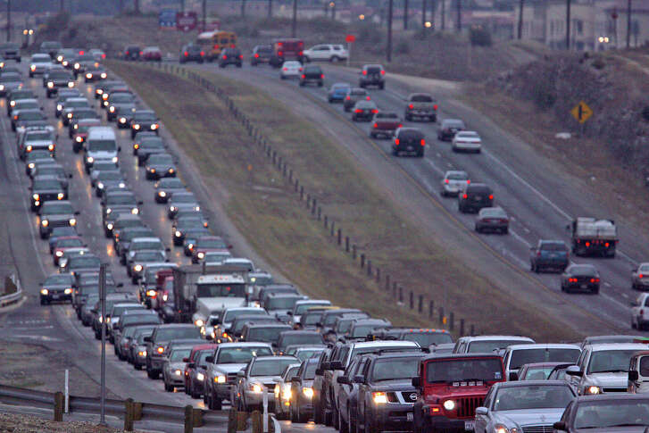 Southbound traffic (left) on U.S. Highway 281 north of of Loop 1604 at the intersection of Evans Road comes to a standstill in 2009. HOV lanes could help ease this type of congestion.