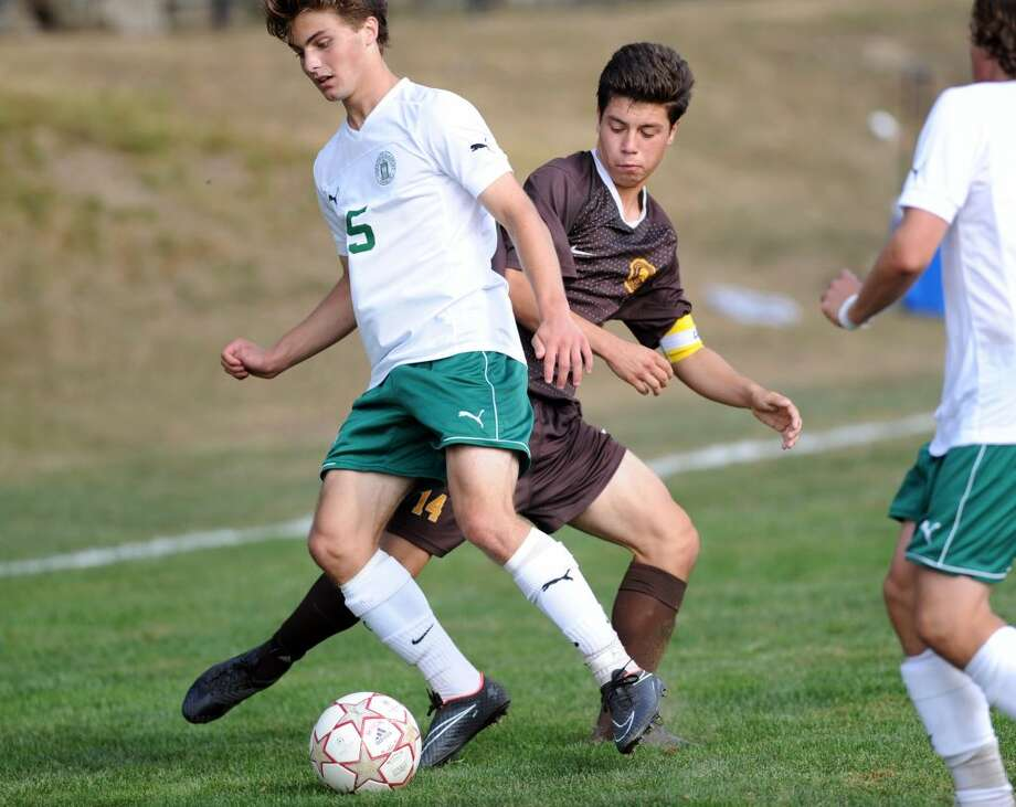 fe0d2fd1a Brunswick soccer team opens season with new coach - GreenwichTime