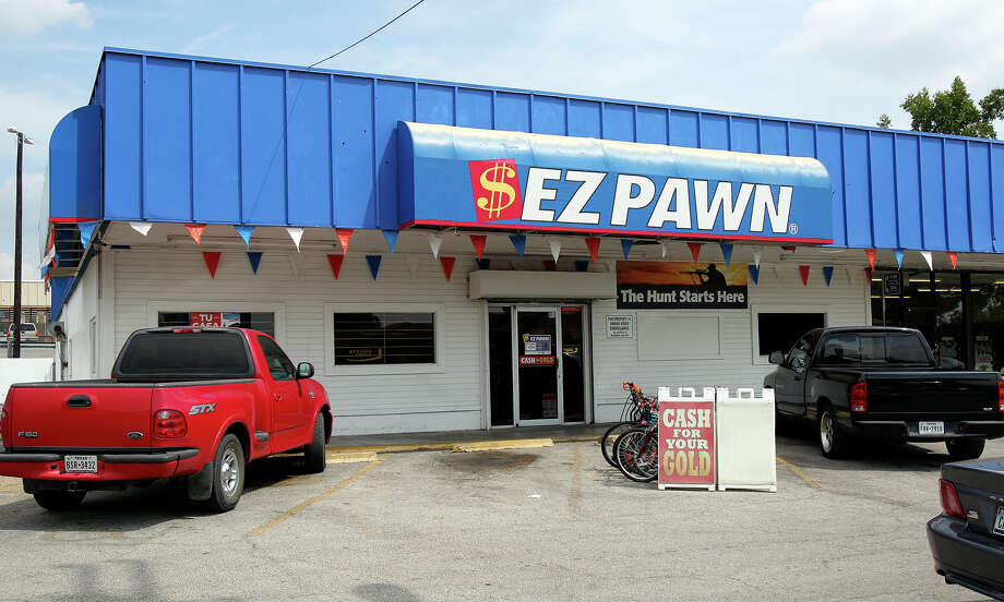 EZCorp announced in July it's closing about 30 San Antonio stores that have operated under the names EZMoney and EZPawn.  Photo: Tom Reel /San Antonio Express-News