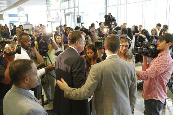 Houston ISD Superintendent Terry Grier announced at a news conference Thursday that he is stepping down effective March 1.