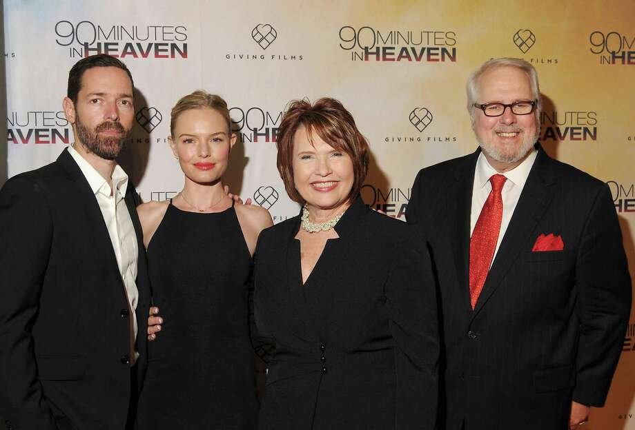 """Director Michael Polish, from left, actress Kate Bosworth and Eva and Don Piper attend the Houston premiere of """"90 Minutes in Heaven"""" at the AMC Gulf Pointe theater Friday. Photo: Dave Rossman, Freelance / Freelalnce"""