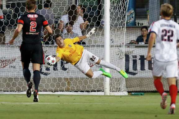 Scorpions goalie Daniel Fernandes makes a save in the first half against Indy Eleven at Toyota Field.