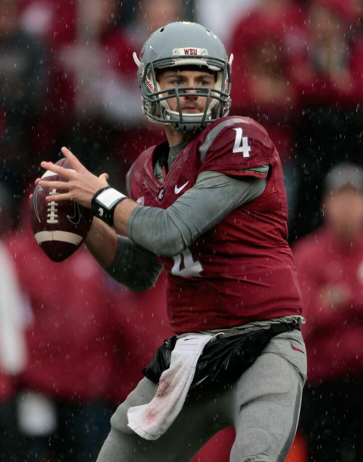 Washington State quarterback Luke Falk engineered a long game-winning drive in the final seconds at Rutgers. Photo: William Mancebo, Getty Images