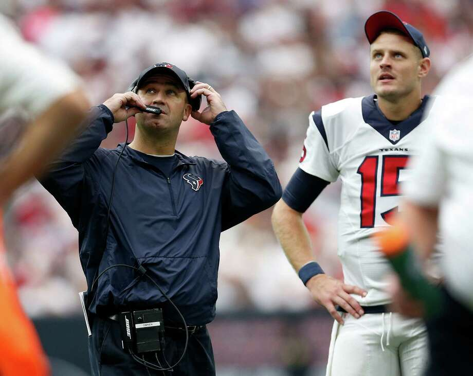 Not liking what he saw on the scoreboard, coach Bill O'Brien would turn to Ryan Mallett to quarterback the Texans in the fourth quarter. Photo: Karen Warren, Staff / © 2015 Houston Chronicle
