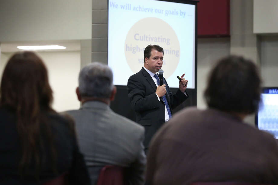 SAISD Superintendent Pedro Martinez lays out his five year plan to parents and community members last month. . Raising test scores is a worthy goal, a reader says, but the district should increase a sense of respect and accountability as well. Photo: Tom Reel /San Antonio Express-News / San Antonio Express-News