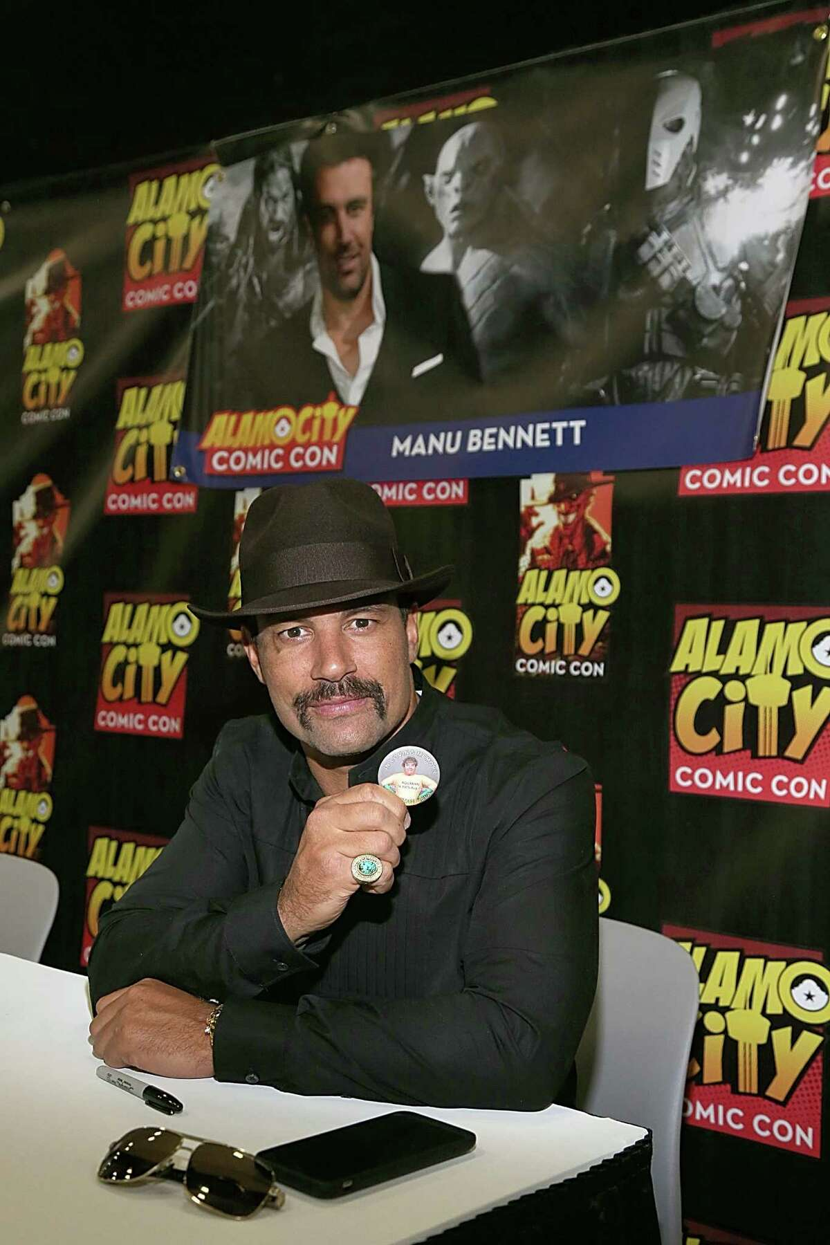 SAN ANTONIO, TX - SEPTEMBER 12: Manu Bennett poses in between meeting with fans during the Alamo City Comic Con at Henry B. Gonzalez Convention Center on September 12, 2015 in San Antonio, Texas.