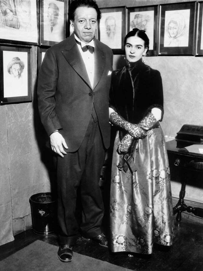 Diego Rivera and Frida Kahlo attending an art exhibition in New York in 1933.  Photo: KEYSTONE-FRANCE, Getty Images / KEYSTONE-FRANCE