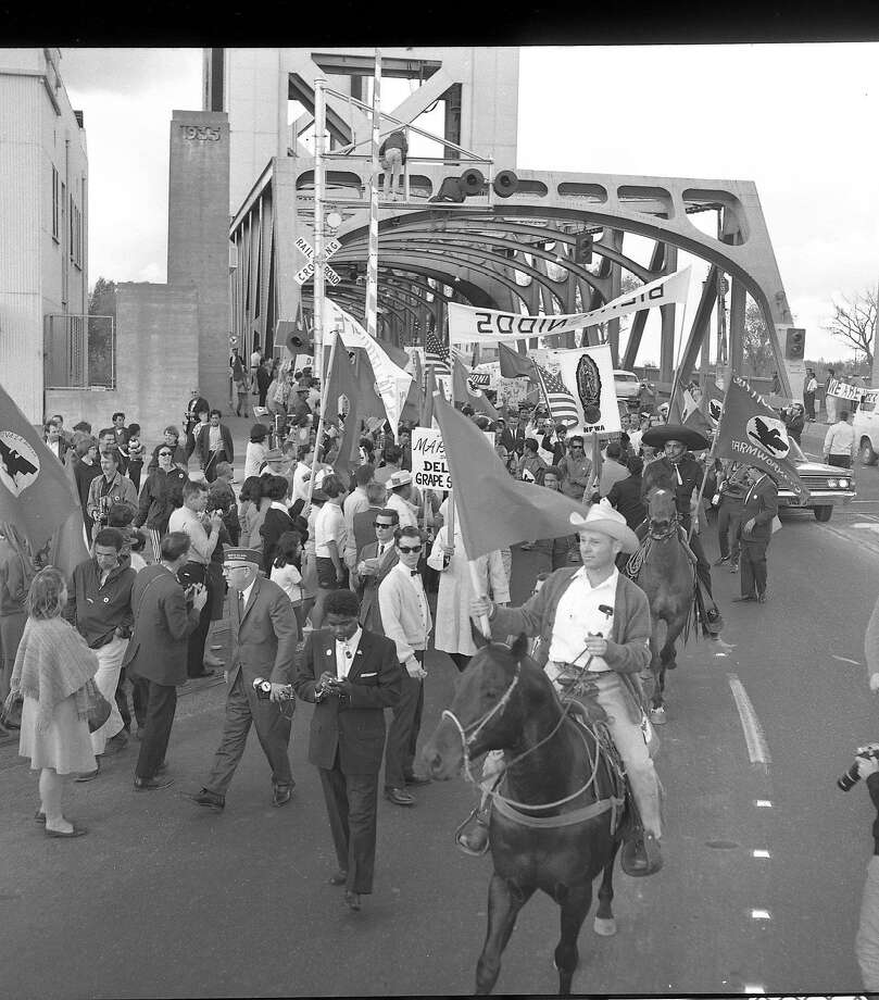 Striking farm workers march from Delano to the State Capitol in Sacramento. Shot 4/10/1966 Photo: Barney Peterson, The Chronicle