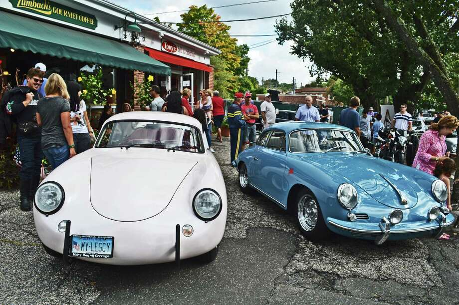 These two classic Porsches were a popular sight at the Caffeine & Carburetors event. Photo: Jarret Liotta / For Hearst Connecticut Media / New Canaan News