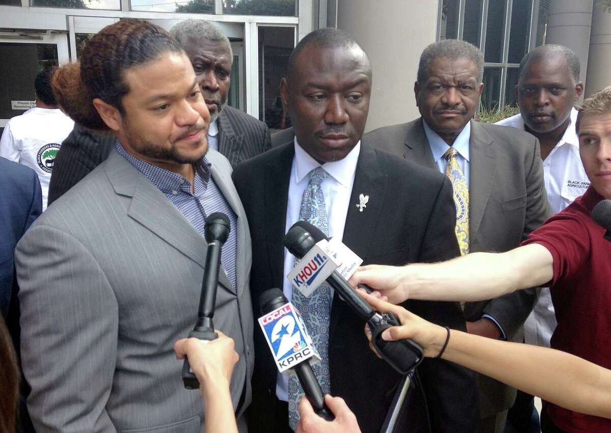 Robbie Tolan, left, and one of his lawyers, Benjamin Crump, will appear this week before a Congressional panel to advocate more funding for police body cameras, which Crump says could have clarified the Tolan incident.