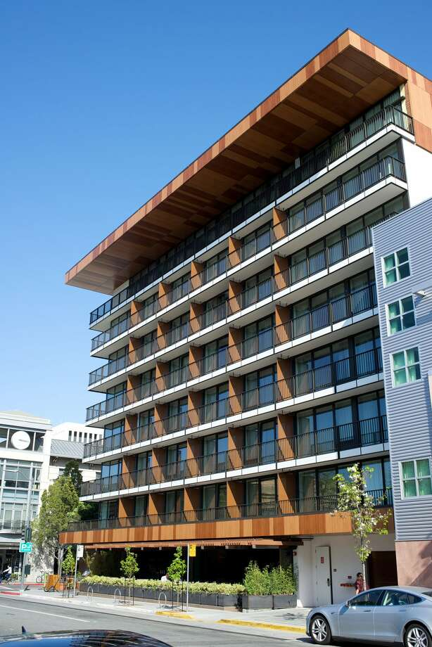The Epiphany Hotel recently purchased by Larry Ellison in Palo Alto. Photo: Jseita / Flickr