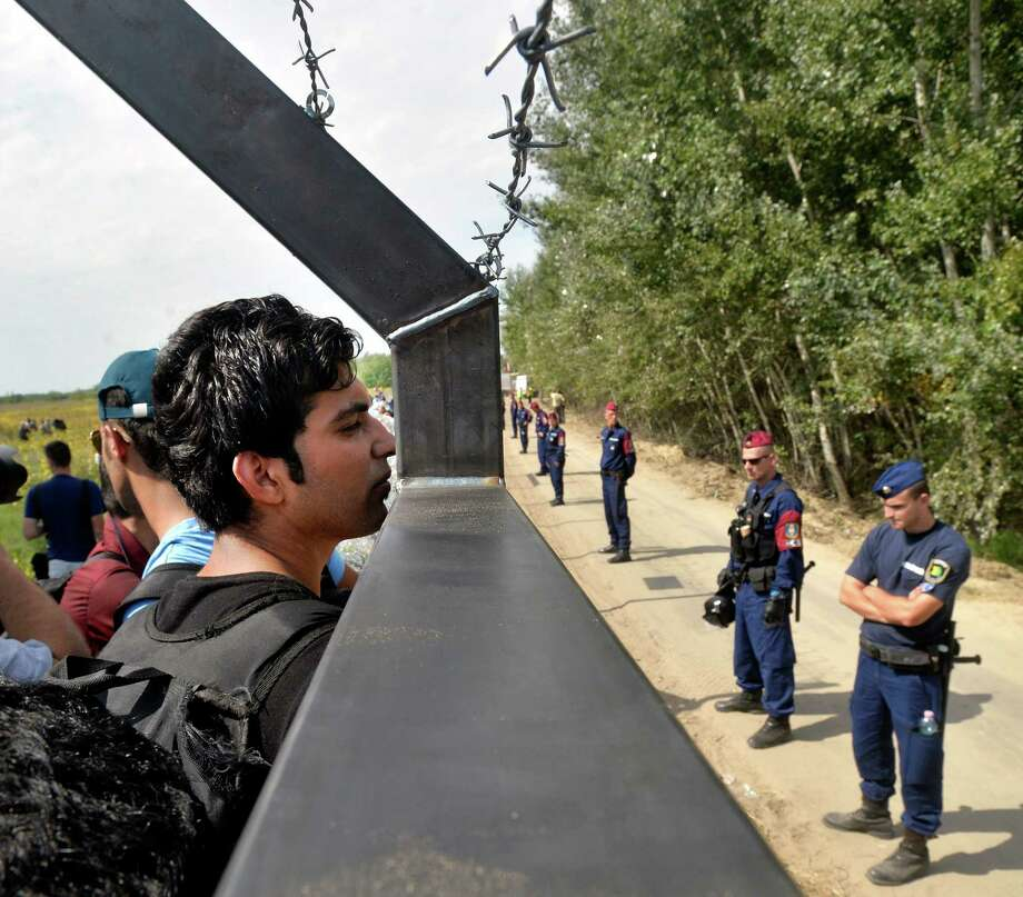 Hungary declared a state of emergency in two of its southern counties because of the migration crisis, giving new powers to police and other authorities. Photo: Zoltan Mathe, SUB / MTI