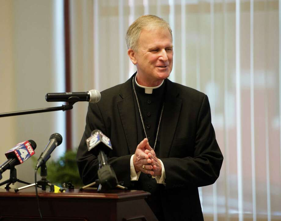 Bishop James V. Johnston Jr. talks to the media during a news conference on Tuesday, Sept. 15, 2015 in Kansas City, Mo.    The diocese announced on its website Tuesday that Bishop James V. Johnston Jr. will take over from Archbishop Joseph Naumann, who has been overseeing the diocese since Bishop Robert Finn resigned in April.  (Joe Ledford/The Kansas City Star via AP) MANDATORY CREDIT Photo: Joe Ledford, MBO / The Kansas City Star