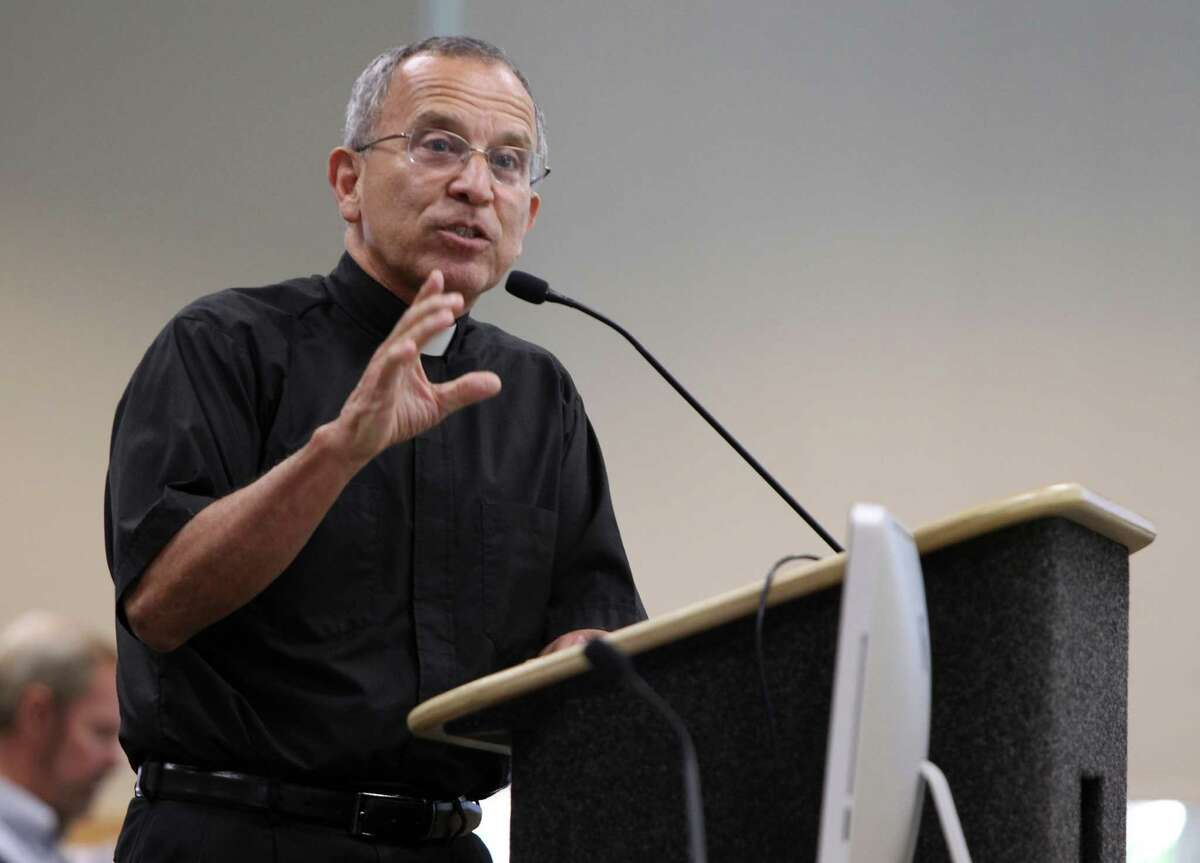 Father David Garcia: Pilgrims passing through the Holy Door will experience a changing of attitudes.
