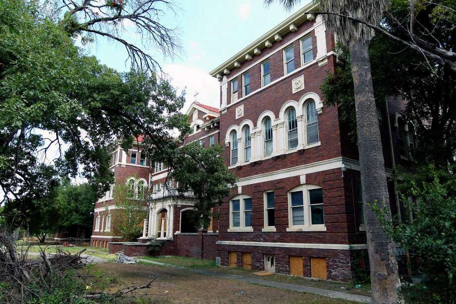 The main St. John's Seminary building is located next to Mission Concepción.  The Zoning Commission on Tuesday approved a plan by 210Developers to rehab the seminary into apartments and other uses. Photo: William Luther /San Antonio Express-News / © 2015 San Antonio Express-News