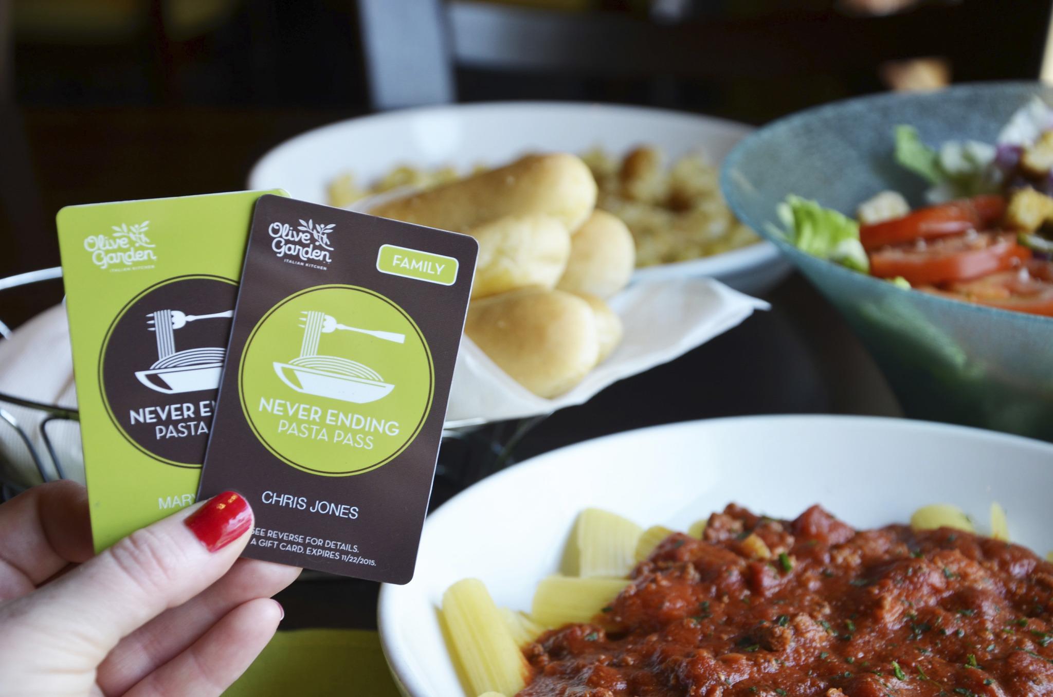 Olive garden to offer never ending pasta pass again houston chronicle for Olive garden houston locations