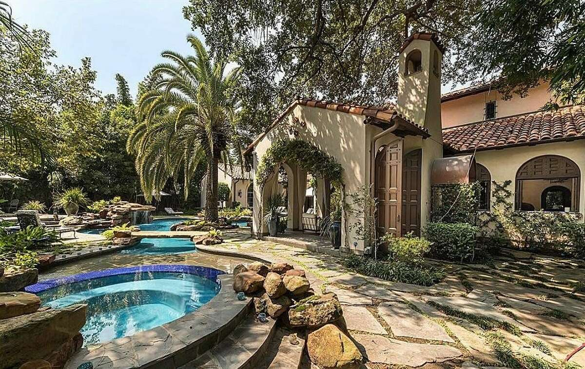 8802 Memorial DriveListing price: $$5,081,001 to $5,864,000Square feet: 9,768 Bedrooms: 5 Baths: 5 full and 2 half
