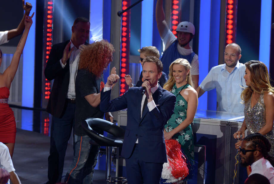 "Neil Patrick Harris and celebrity guest announcer Reese Witherspoon (center) climb to new highs and lows in his new variety show, ""Best Time Ever."" Photo: NBC / Virginia Sherwood / NBC / 2015 NBCUniversal Media, LLC."