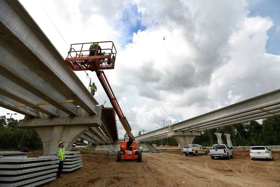 One panelist said suburban highway work may cause some employers to move to be closer to their workers. Photo: Steve Gonzales, Staff / © 2015 Houston Chronicle