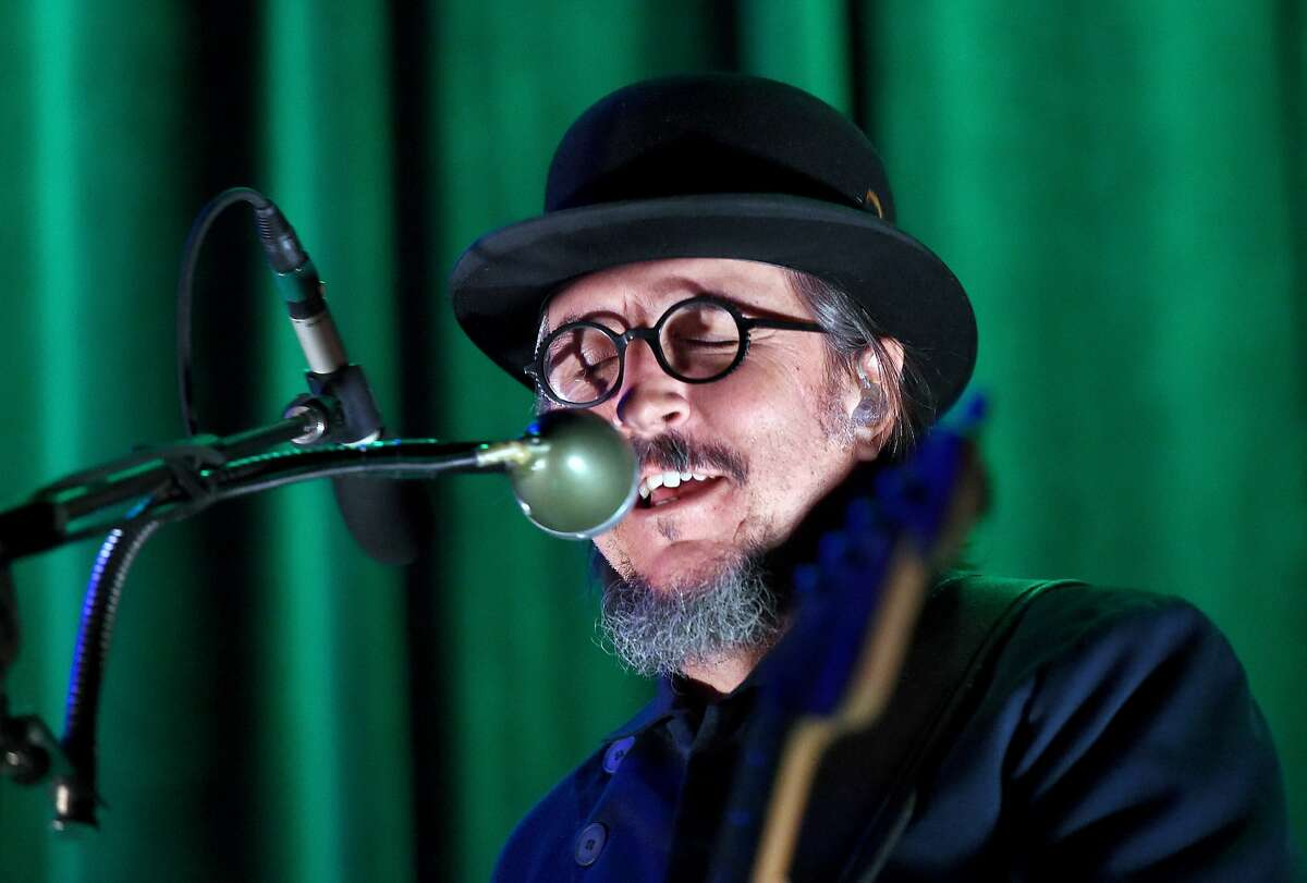 LAS VEGAS, NV - SEPTEMBER 04: Singer/bassist Les Claypool of Primus performs at The Joint inside the Hard Rock Hotel & Casino on September 4, 2015 in Las Vegas, Nevada. (Photo by Ethan Miller/Getty Images)