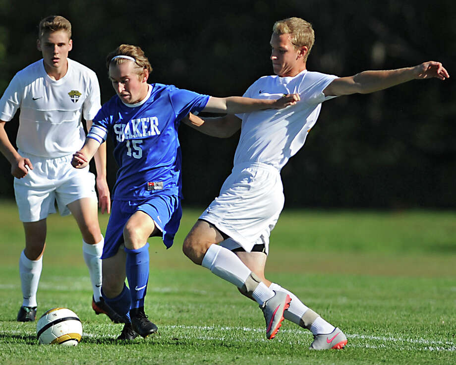 Shaker's Carter Haydock, #15, takes the ball up the field during a soccer game against CBA at Christian Brothers Academy on Tuesday, Sept. 15, 2015 in Albany, N.Y. (Lori Van Buren / Times Union) Photo: Lori Van Buren / 00033341A