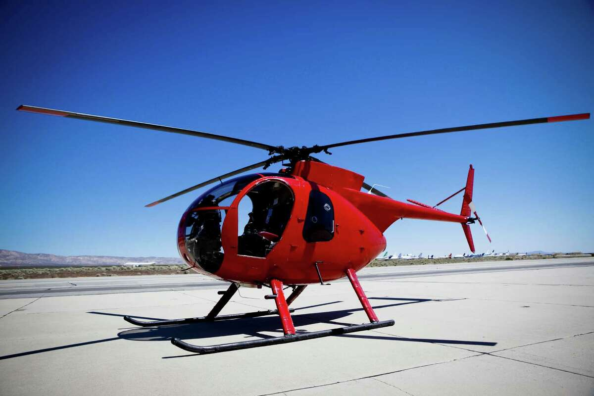 3) Set up a helicopter tour Take an exhilarating tour of the city by renting a chopper. Your date will be bragging about it for years to come.