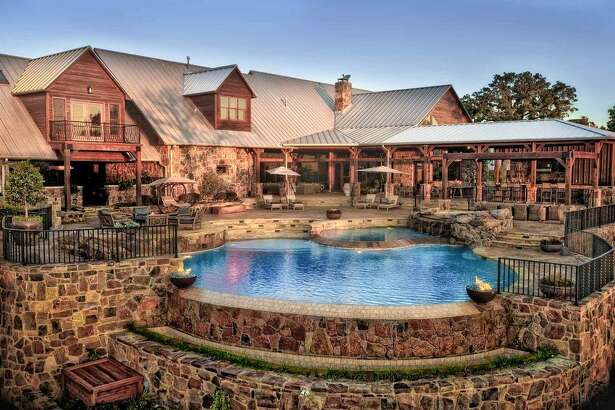 121 Harbor Lane in Hickory Creek, Texas  : $11,000,000 / 8,104 square feet / 50.28 acres