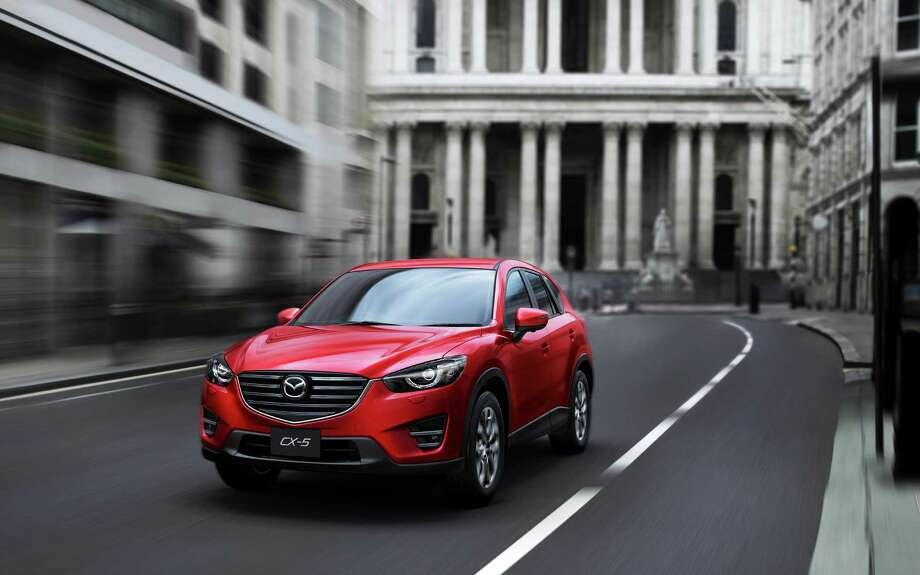 For 2016, all CX-5s with 6-speed automatic transmission get the 2.5-liter four-cylinder engine. Fuel economy for front-wheel-drive CX-5s with that combination has been improved by one mile per gallon to 26 city and 33 highway. Photo: Mazda