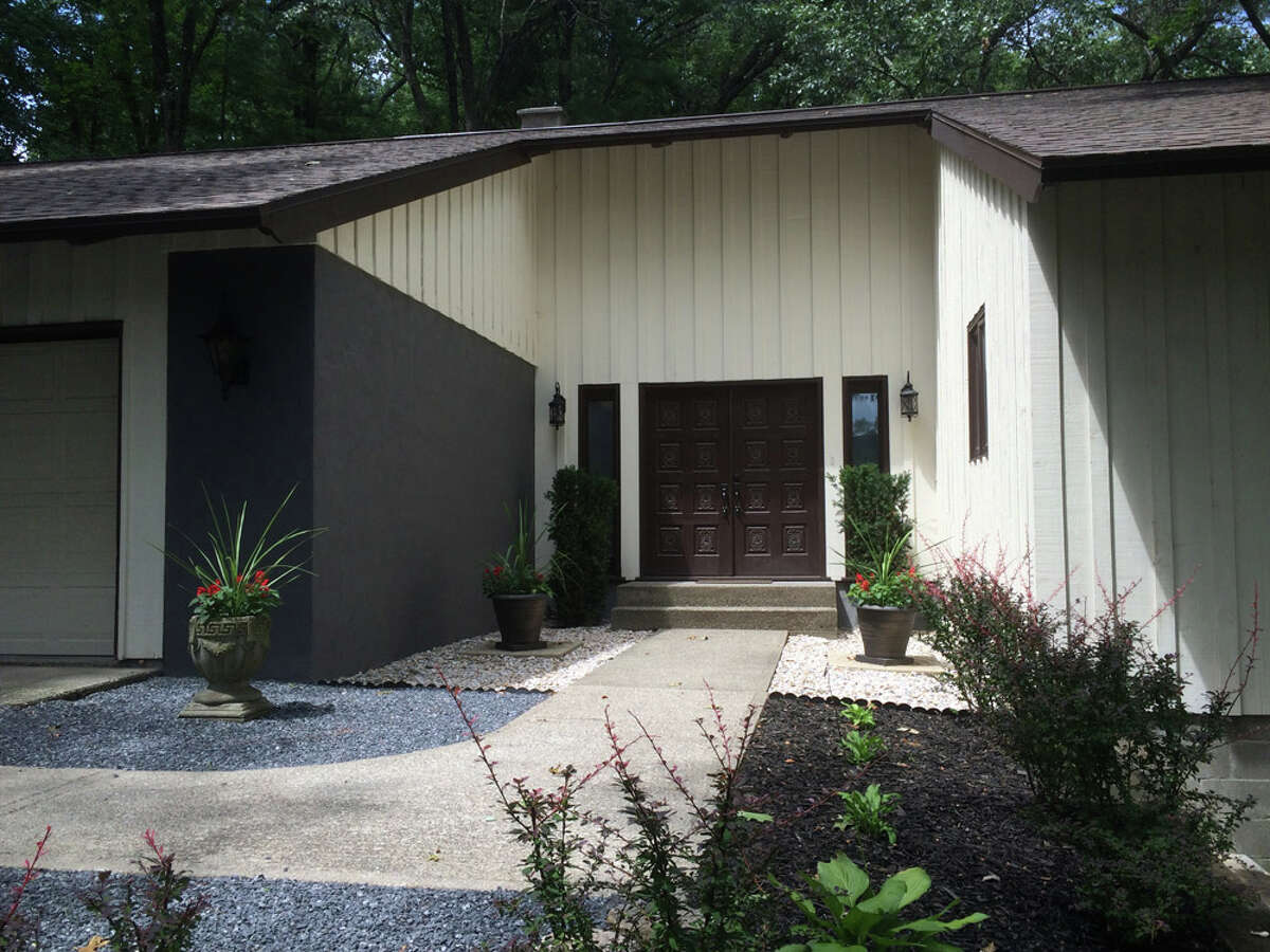 House of the Week: 55 Hills Rd., Latham | Realtor: For sale by owner | Discuss: Talk about this house